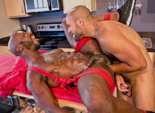 Save My Hole : Race Cooper, Leo Forte