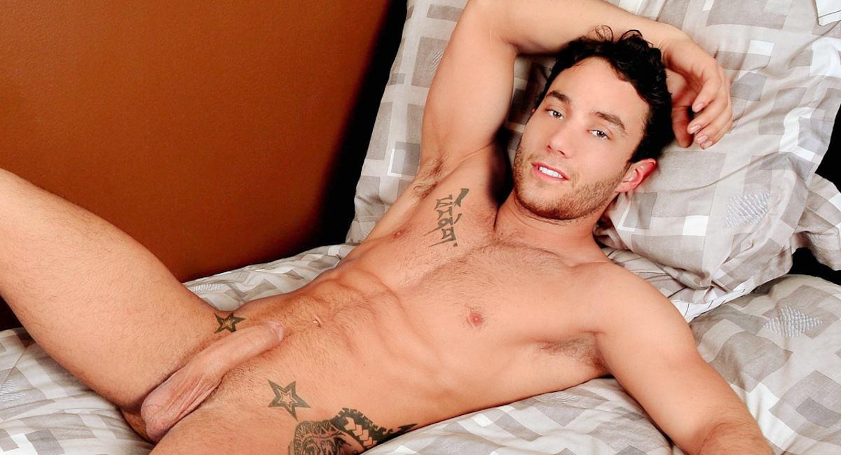 Gay Mature Men : Webcam Casting with Nicolas Potvin - Nicolas Potvin!