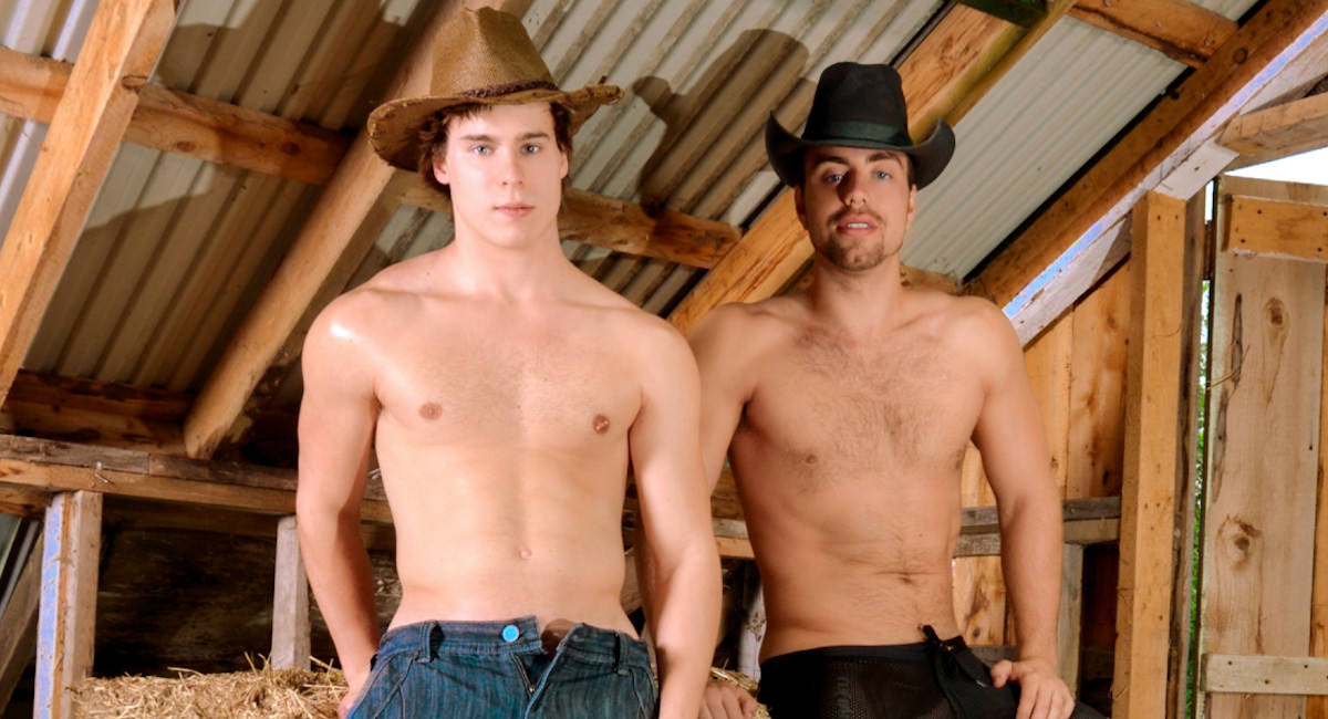 Gay Mature Men : fucking In the Haystack - Alec Leduc -amp; Samuel Arseneau!