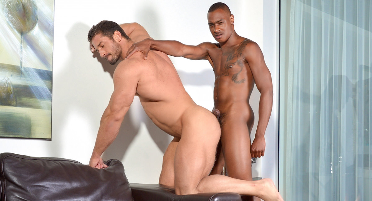 Gay Mature Men : Bigger Is Definitely Better - Christian Power -amp; Tyson Tyler!