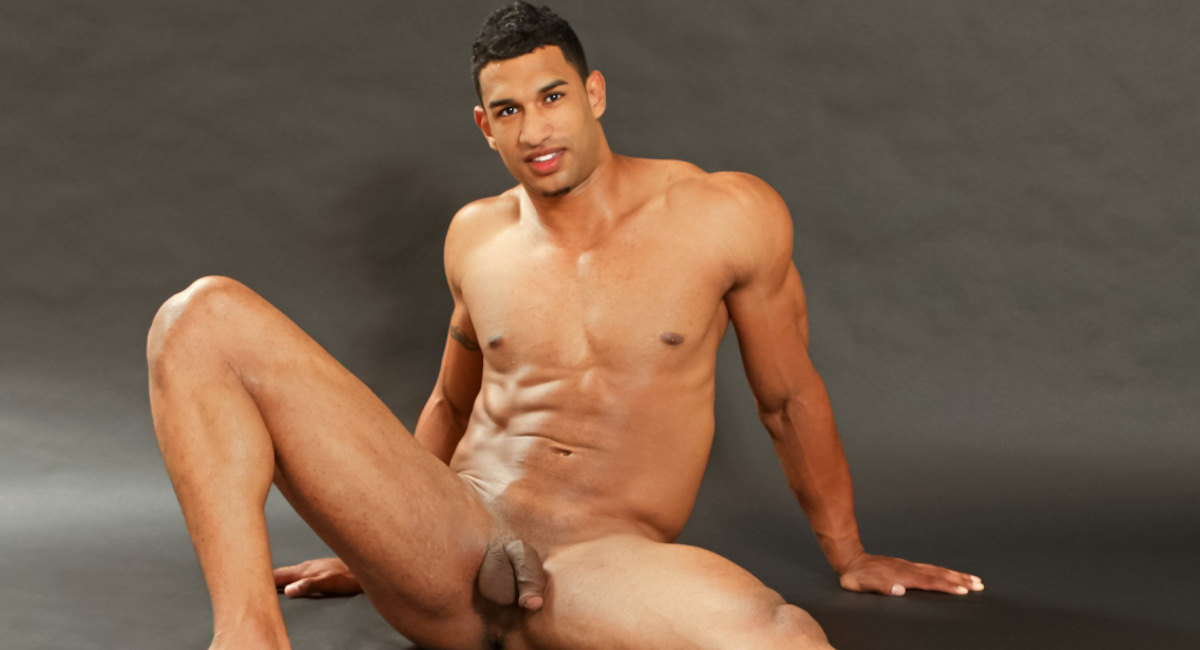 Gay Ebony Studs : Enrique - Enrique A!