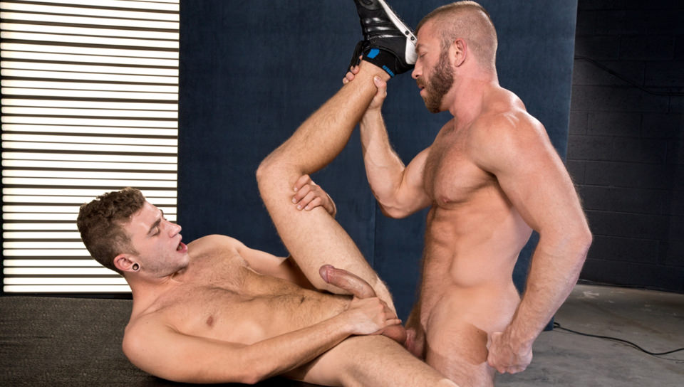Hunter Marx & Alexander Greene – Juices Over The Nut Sack