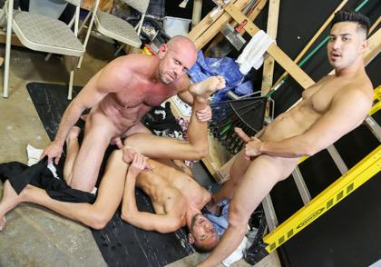 Men Over 30: Hunter Vance, Matt Stevens & Dek Reckless -  Relieving Work Place Tension Part 2