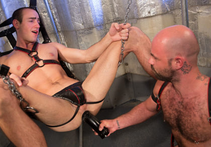 Fetish Force: Rogue Status & Byron Saint - Hole Busters 10