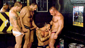 Crotch Rocket : Arpad Miklos, Samuel Colt, Alessio Romero, Brenn Wyson