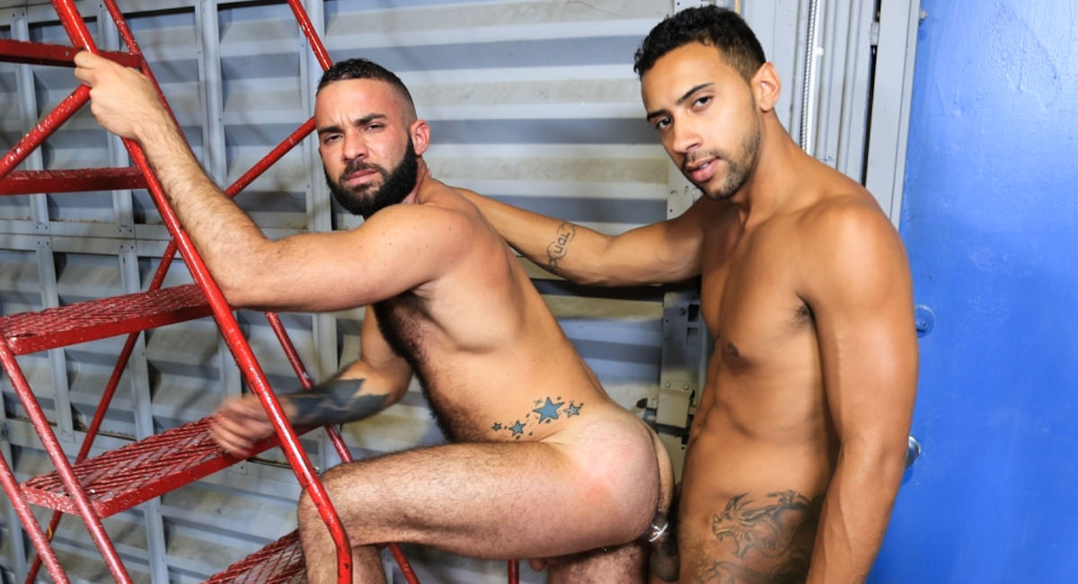 Extra Big Dicks: Fernando Del Rio & Jay Alexander - Big Cock Inspection