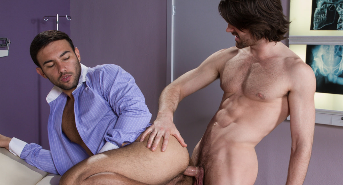 Falcon Studios: Woody Fox & Dorian Ferro - Internal Specialists