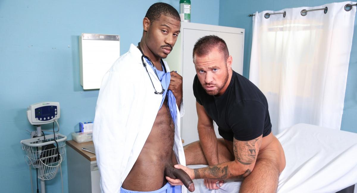 Extra Big Dicks: Adonis Couverture & Michael Roman - Wow Doc!