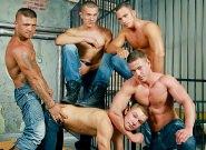 Gay Bareback Sex : Steve Spy, Tomi, Giuseppe Pardi, Jeffry Branson, Mr. Blade - Tomi -amp; Giuseppe Pardi -amp; Steve Spy -amp; Jeffry Branson -amp; Mr. Blade!