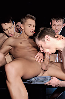 Josh Weston, Marcus Iron, Brad Patton, Trent Austin, Jacob Hall Picture